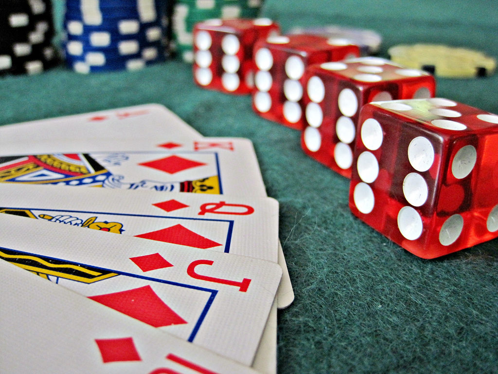 Ways To Instantly Begin Selling Online Casino